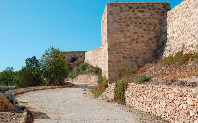 Rutas de senderismo por el castillo de Guardamar